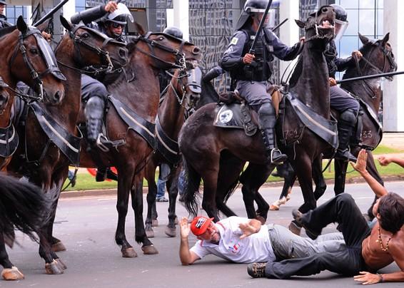 repressãopolicial